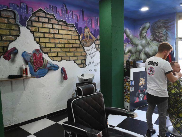 barbaman perez galdos barberia por dentro grafiti